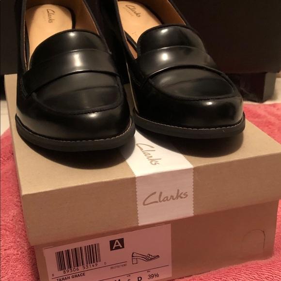 96fc1805c255 Clark s Tarah Grace Loafer Heels sz 8.5 Black